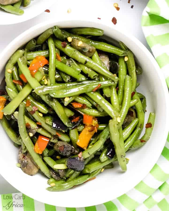 sauteed green beans and mushrooms featured image