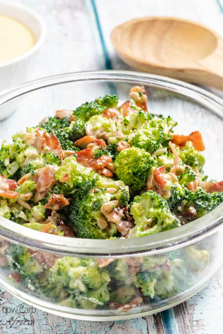 bacon broccoli with sunflower seeds in a bowl