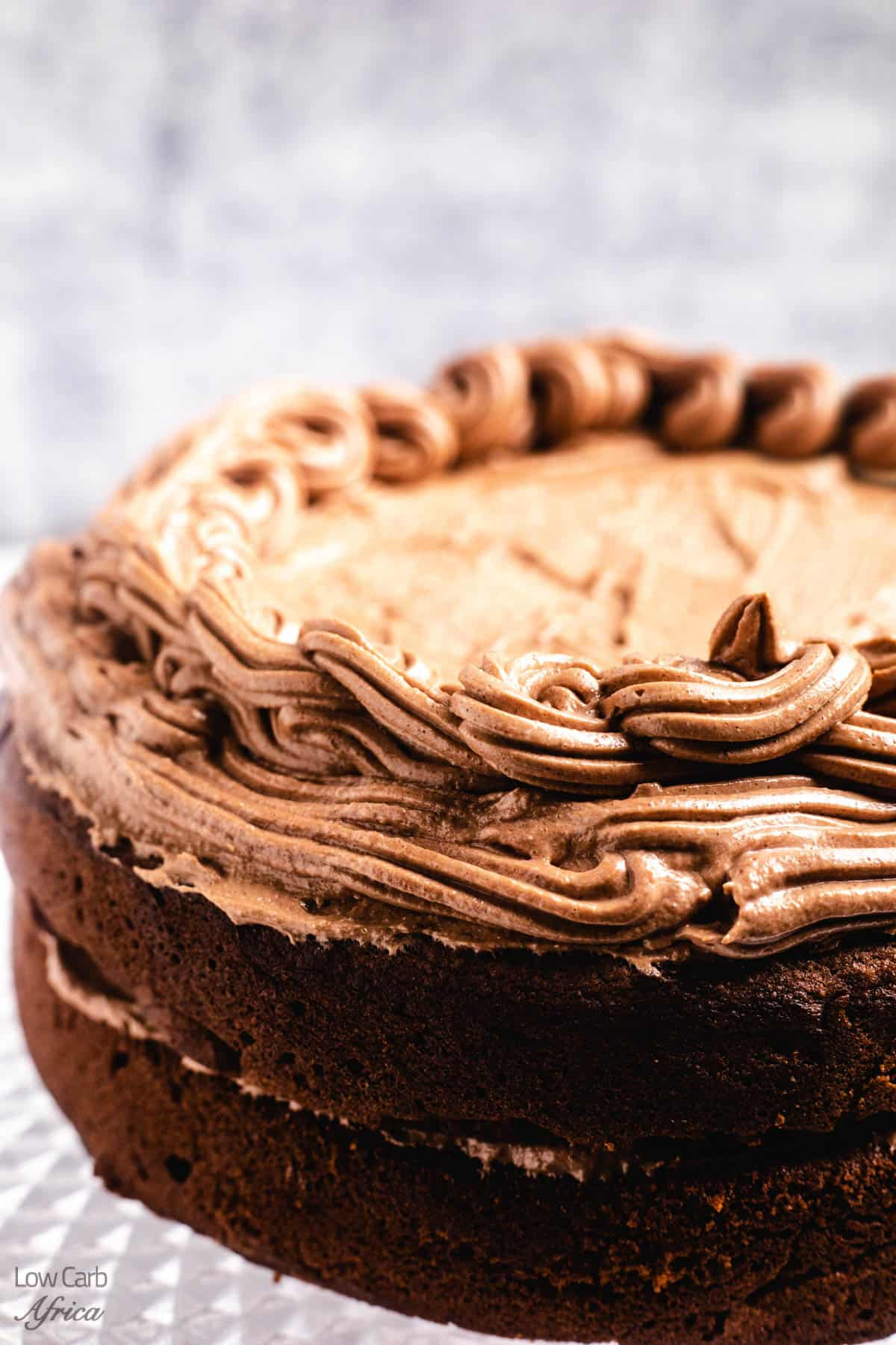 low carb and keto gluten-free chocolate cake