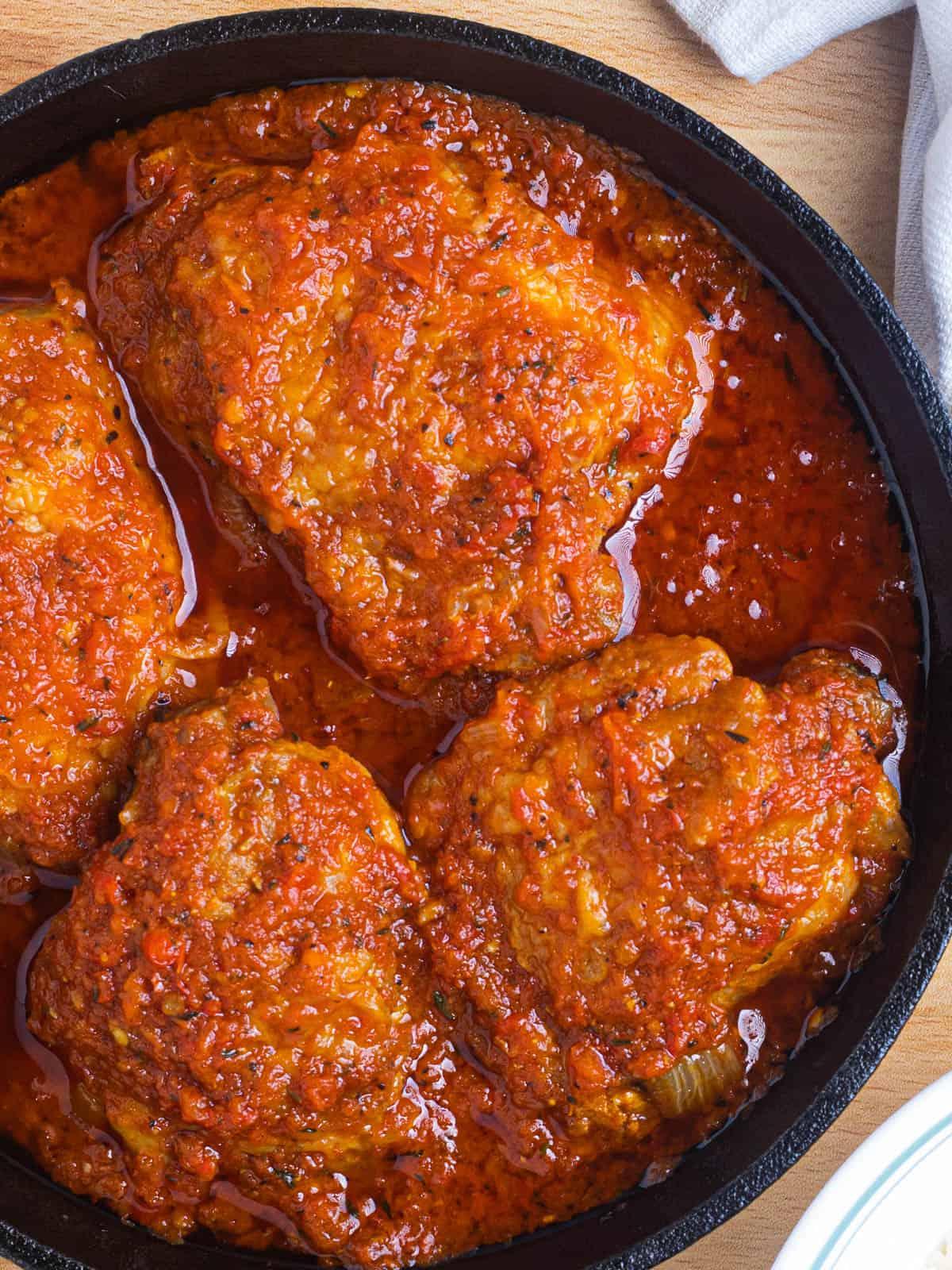 nigerian chicken stew in a pan