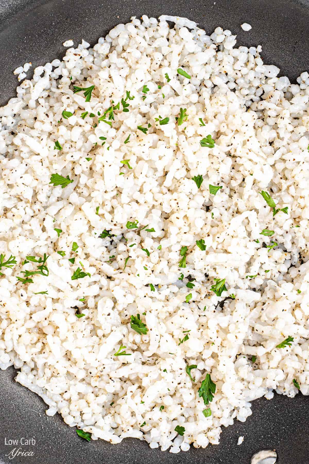 shirataki rice cooking in pan